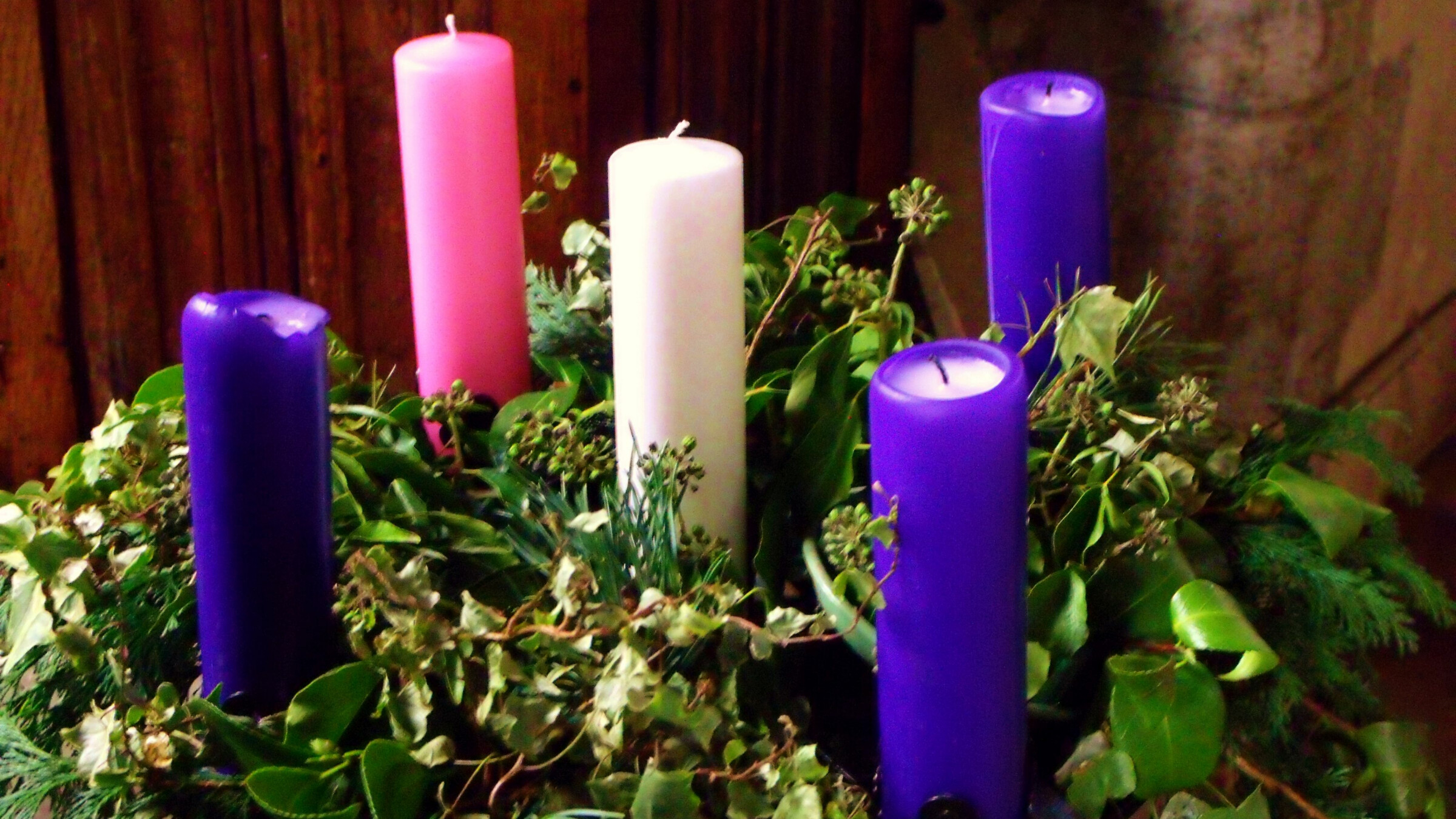Advent services at St. Paul